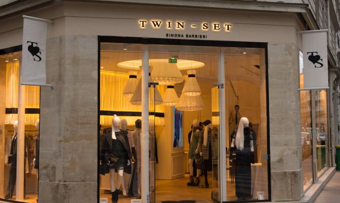 Twin Set apre a Parigi