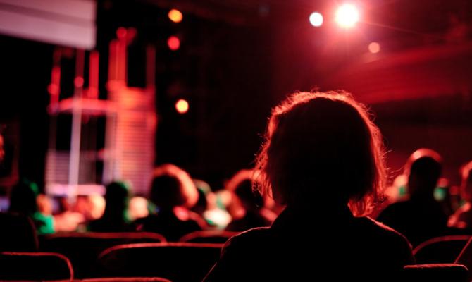 Feste a Teatro: gli spettacoli natalizi