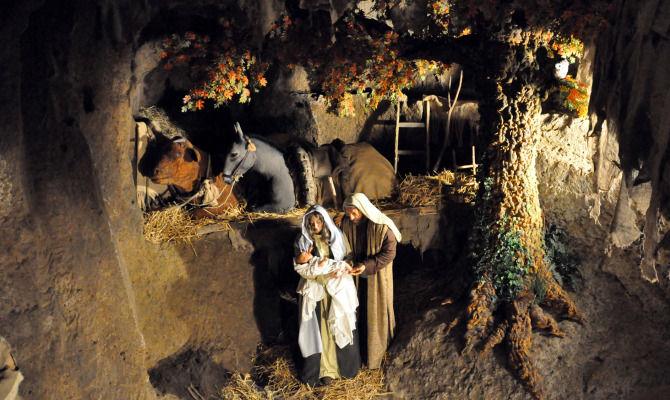 Orvieto, città del Natale con il Presepe nel Pozzo