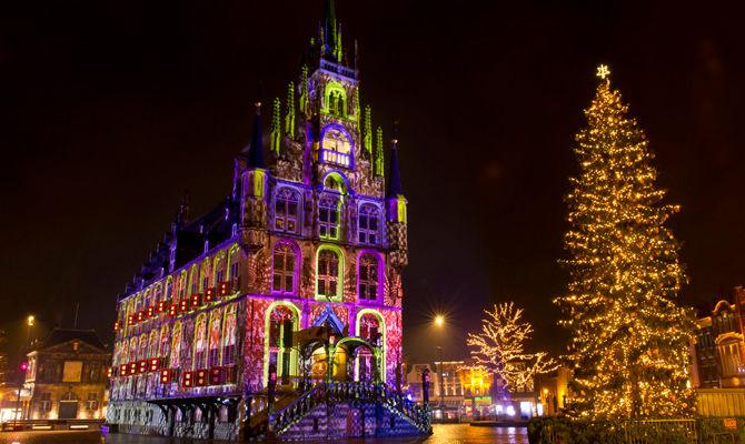 Gouda: tra le luci e le candele di Natale in Olanda