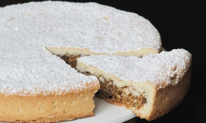 Spongata: la torta  propiziatoria  del Natale