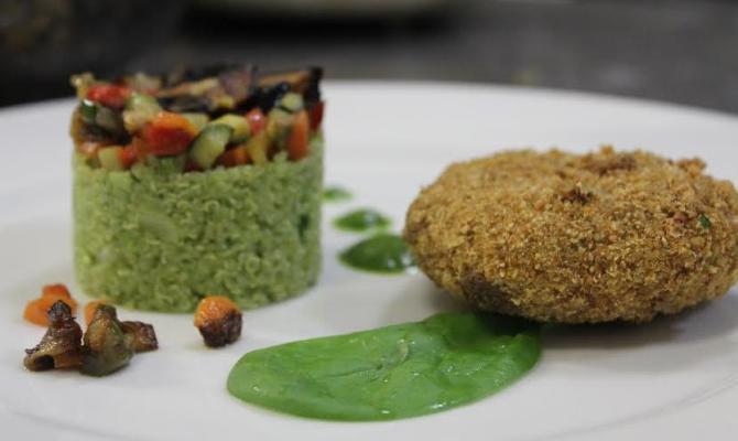 Ricetta vegan. Schiacciatine di broccoletti, noci e uvetta