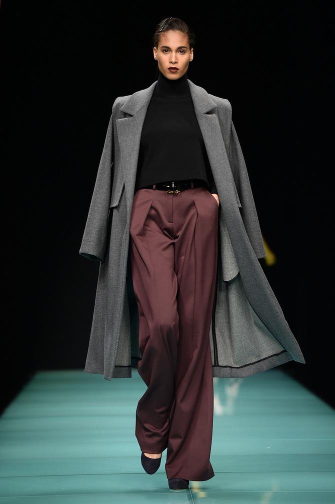 Maglia, cappotto e pantaloni Anteprima