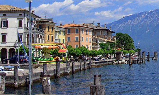 Garda: fuga romantica a Gargnano tra cielo e lago