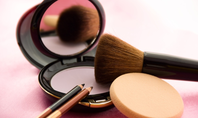 Strumenti per il make up: come pulirli