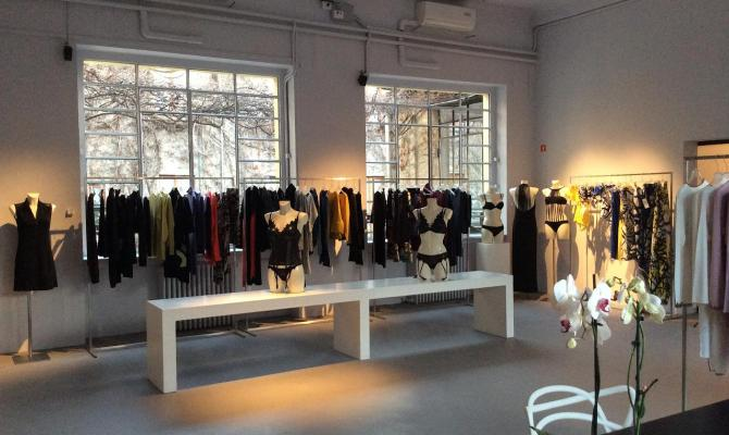 Apre a Milano nuovo showroom Parah