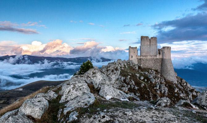Rocca Calascio tra le scenografie di Lady Hawke