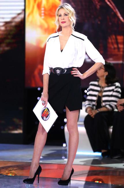 Alessia Marcuzzi in Versace