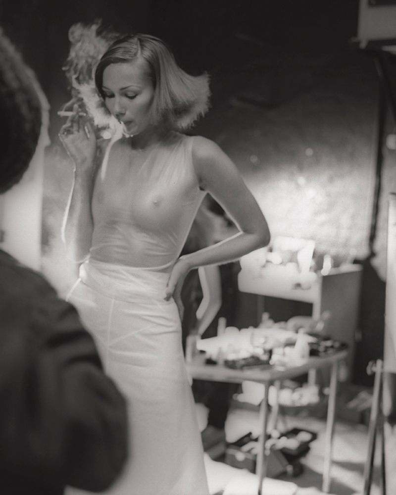 Mc Queen: Backstage -The Early Shows
