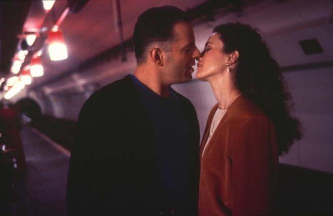 Il bacio con Andie McDowell (1991)