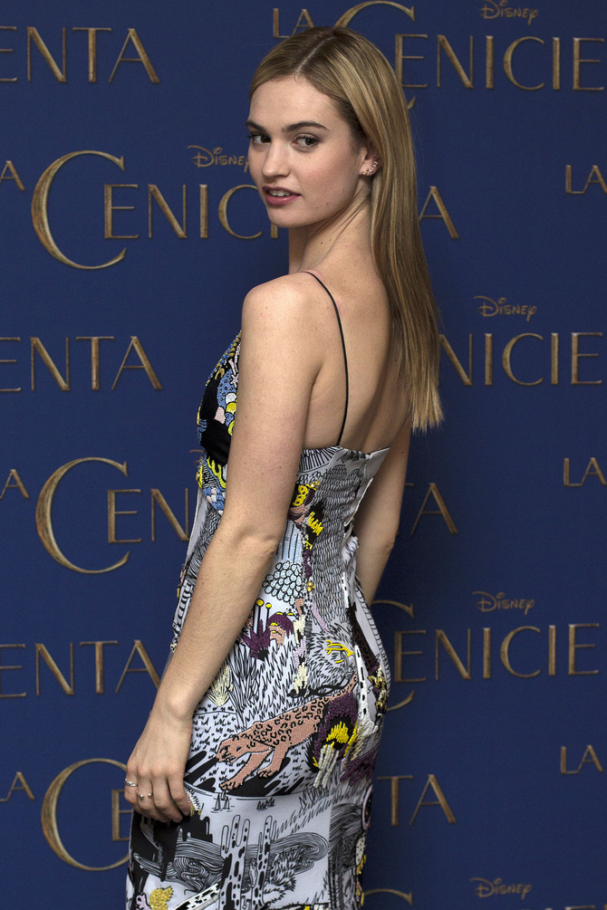 Lily James, 25 anni