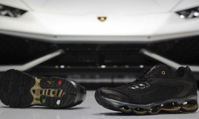 Automobili Lamborghini corre con Mizuno