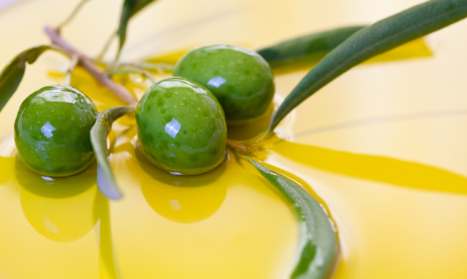 Olio d'oliva, supercibo di longevità