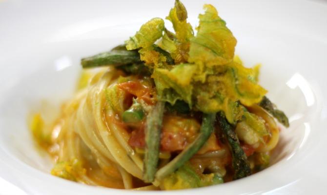 Linguine cremolate al pecorino bio con asparagi