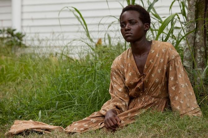 Lupita Nyong'o da Oscar in 12 anni schiavo