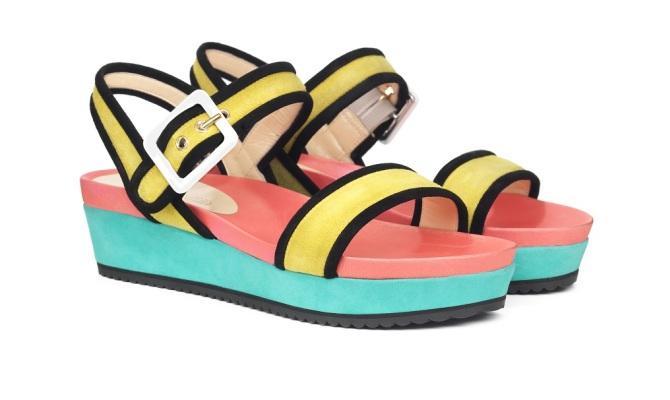 Colore o metallo? Due stili, due trend per i sandali 2015
