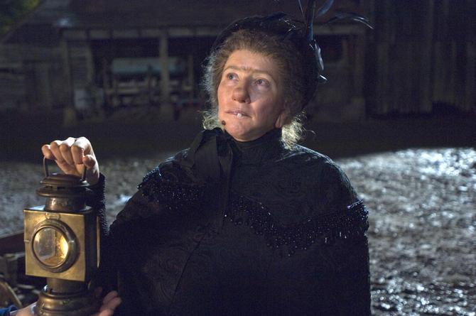 Emma Thompson - Nanny McPhee (2005)