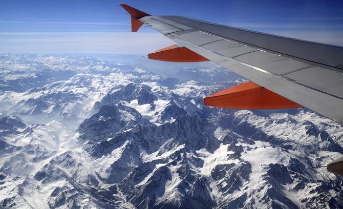 Vista delle Alpi dall'aereo