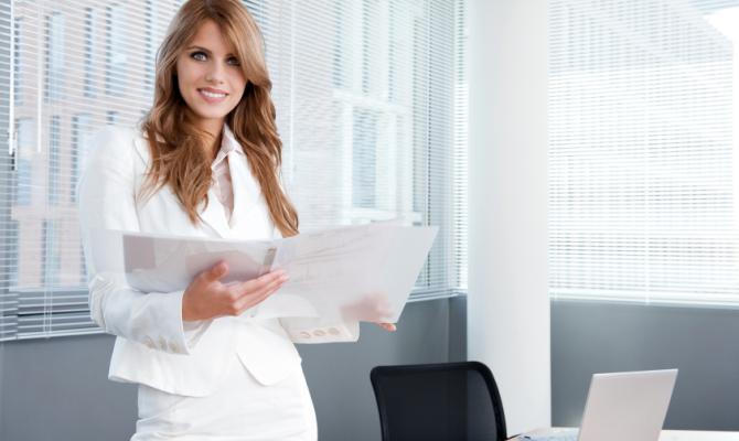 Business woman in ufficio