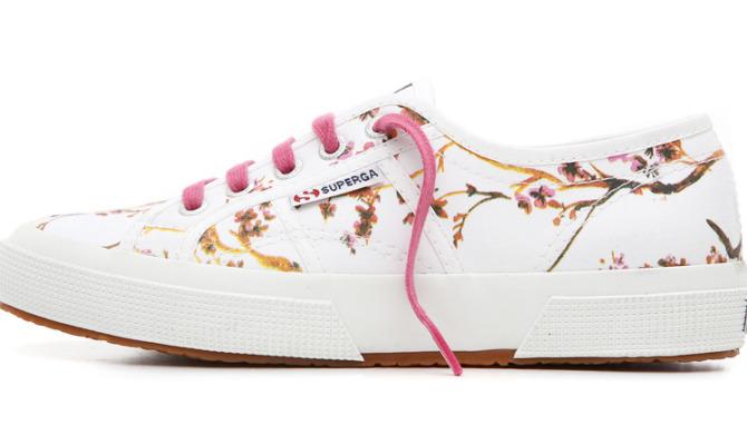 La scarpa da tennis che fa tendenza