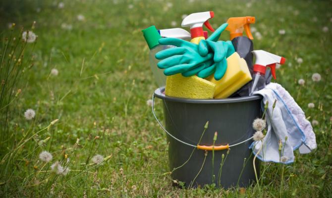 Strumenti per la pulizia