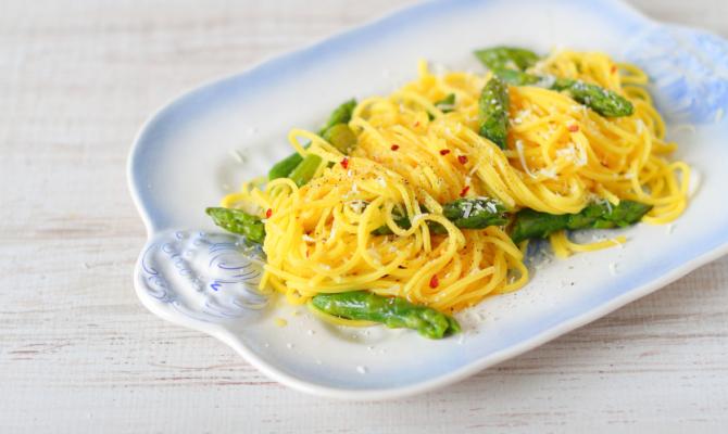 Ricetta veggie: la carbonara con asparagi
