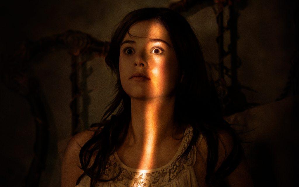 "Insidious 3, la protagonista ""chiusa in un armadio sul set"""