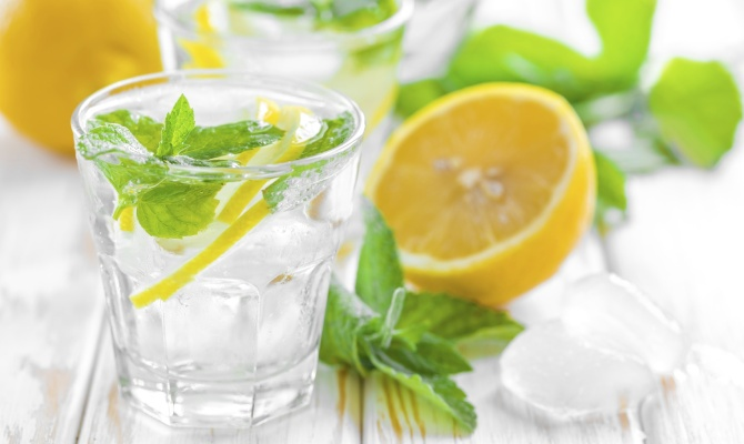 drink, cocktail, acqua e limone