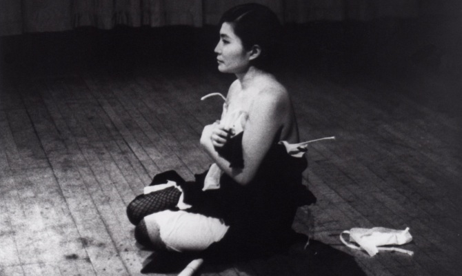 Il MoMA dedica un solo show a Yoko Ono