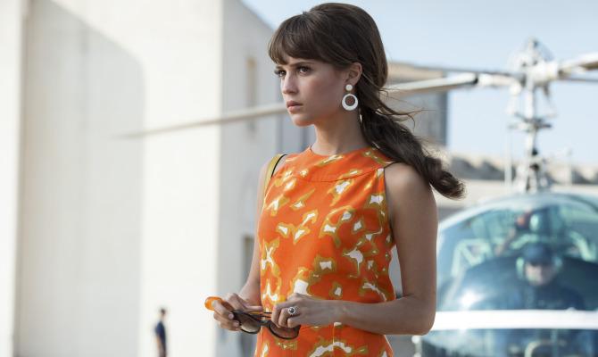 """Alicia: """"Nel mio nuovo film salvo la vita a Superman"""""""
