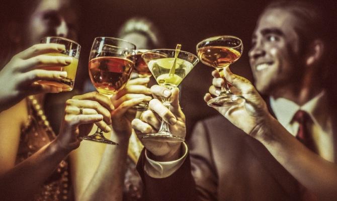 amici, aperitivo, bar, serata