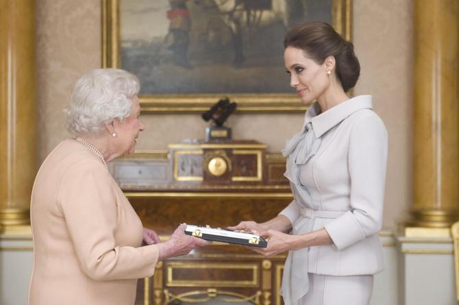 L'incontro con la regina Elisabetta II