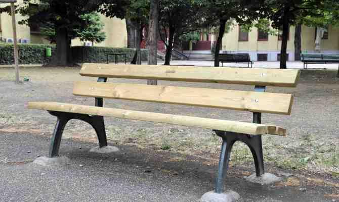 Panchina legno di riciclo