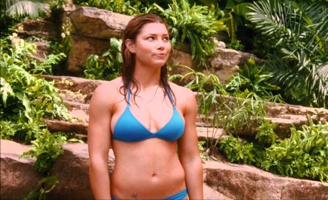 Jessica Biel in blu