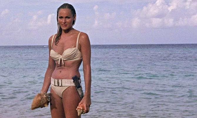 Ursula Andress, la prima Bond Girl