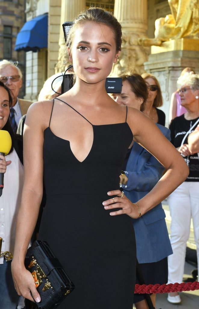 Alicia Vikander, sexy rising star