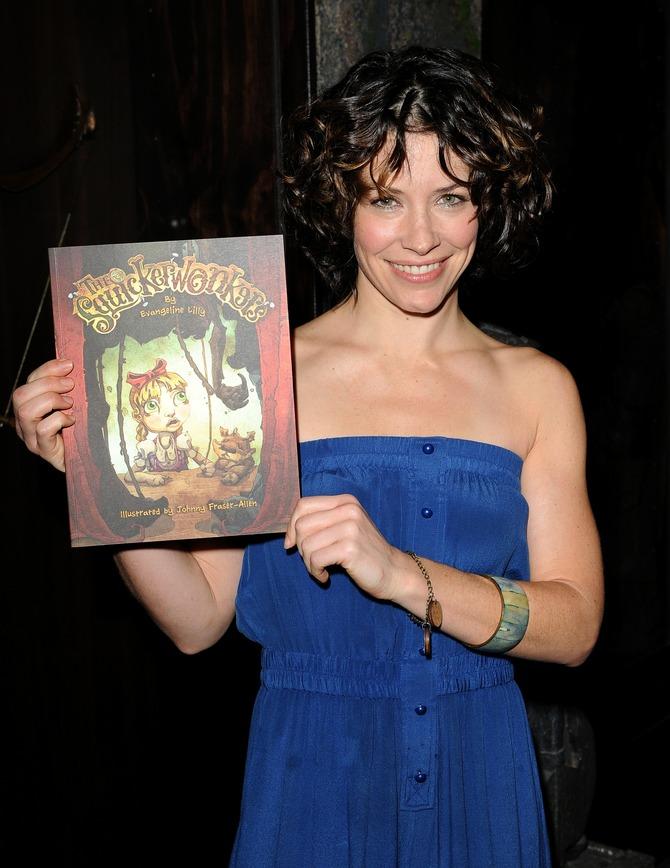 Evangeline Lilly scrittrice di libri per bambini