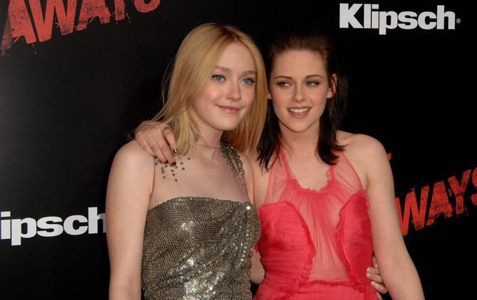 Dakota Fanning e Kristen Stewart