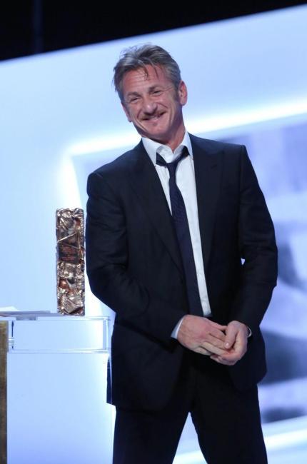 Sean Penn compleanno da single ruvido e romantico