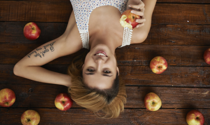donna, mela, dieta