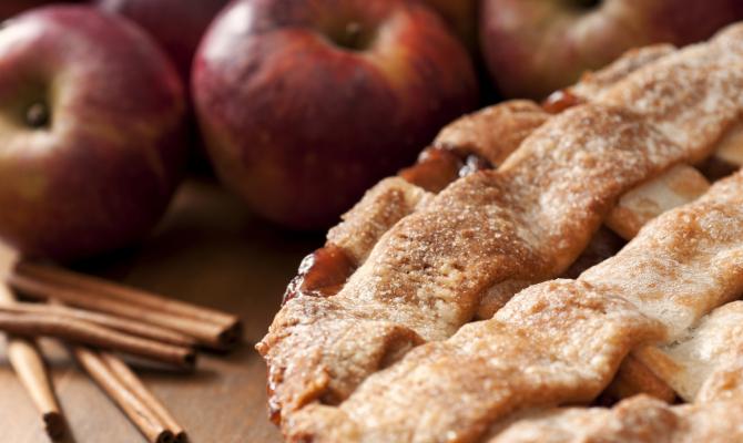 Torta di mele, sapore di tradizione e di inverno