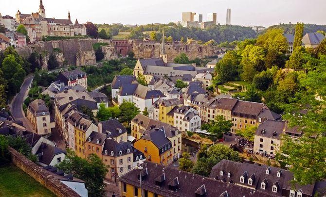 10 Lussemburgo