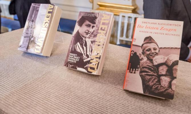 Svetlana Alexievich: chi è la vincitrice del Nobel