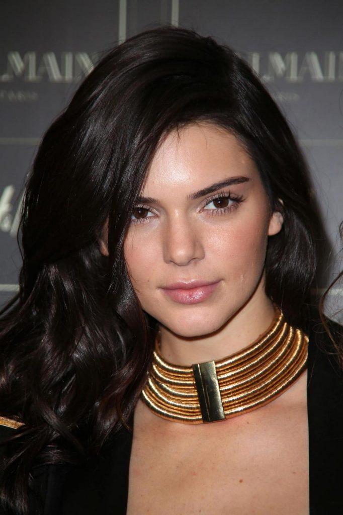 16 Kendall Jenner