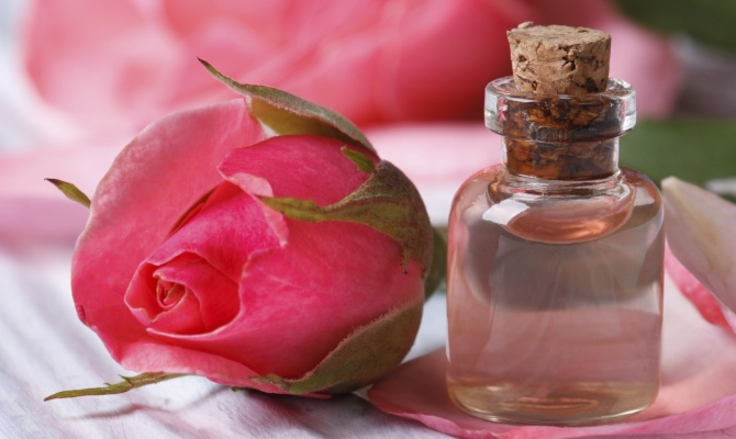 Tutti i segreti dell'Acqua di Rose