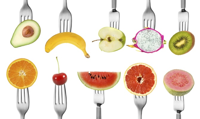frutta, forchetta