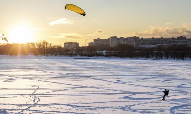 Snowkiting, il volo dell'inverno