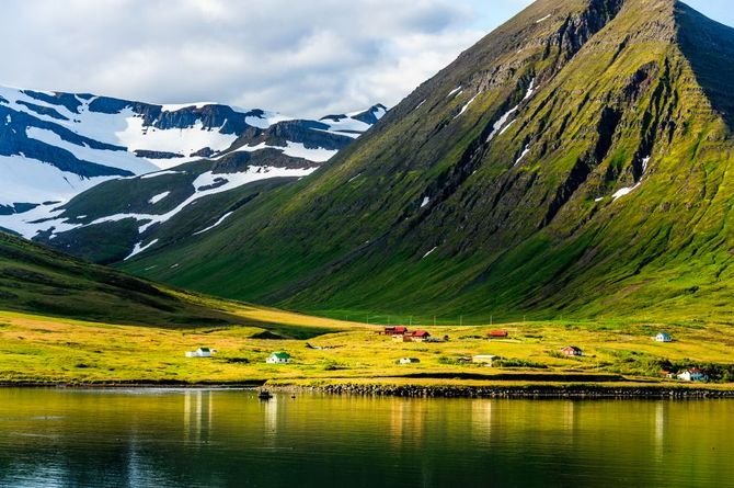 1 Islanda