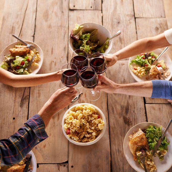 """""""Alla nostra!"""" I Paesi che consumano più vino"""