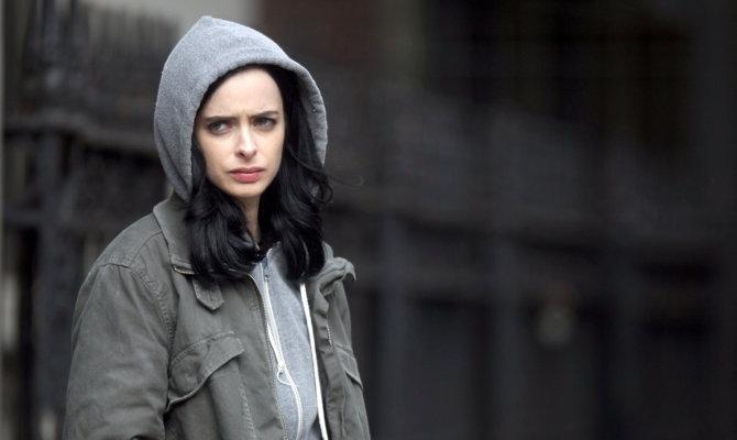 Jessica Jones, l'eroina tutt'altro che rosa della Marvel